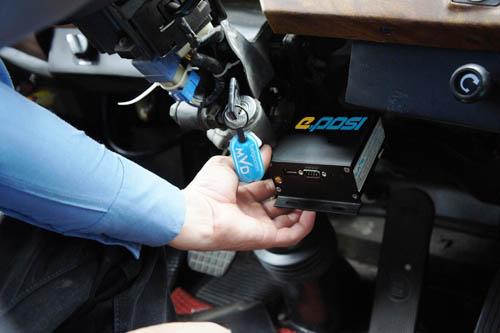 Thiết bị giám sát hành trình xe cho thuê tự lái